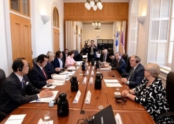 Exchange meetings between the Kyoto Prefectural Assembly and the National Assembly of Quebec (May 29 to 31, 2018)